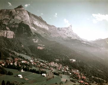 Vue du Plateau d'Assy avant 1970, Office de tourisme ©